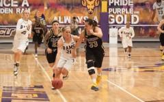 Women's Basketball open season 2-0