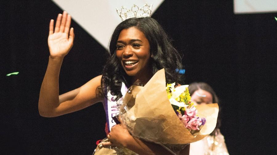 Ashley Lyles crowned Miss WCU 2016